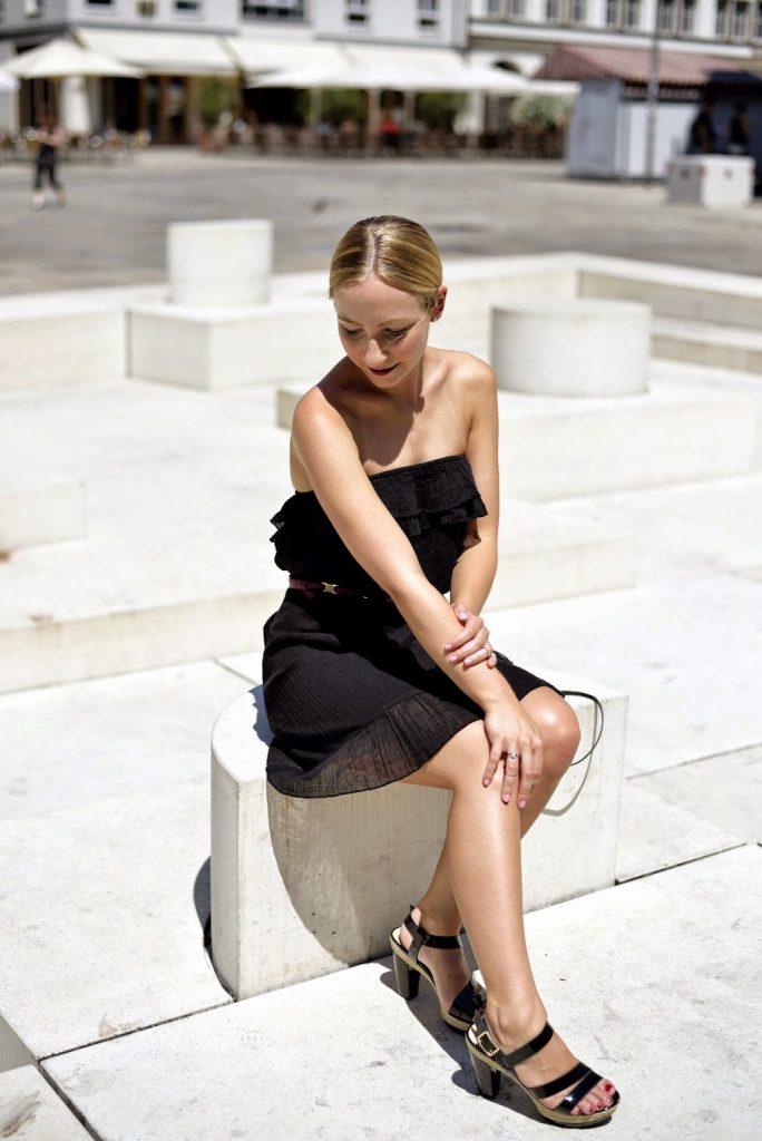 Outfit: Dark Summer