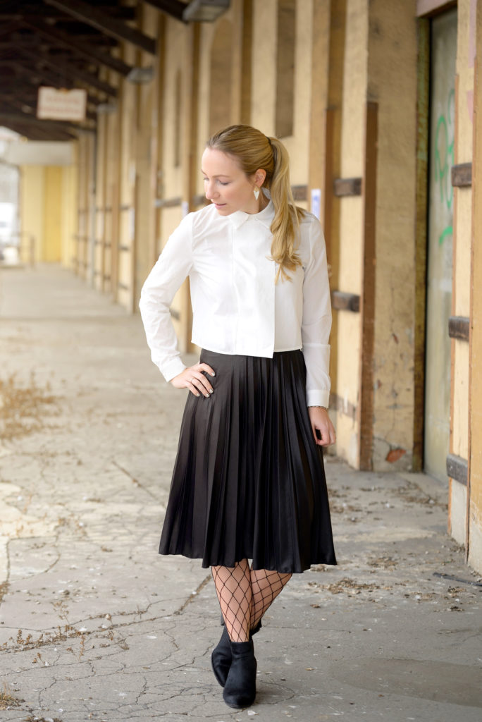 Vero Moda Pleated Skirt x Stylewe Blouse x Joop Ankle Boots