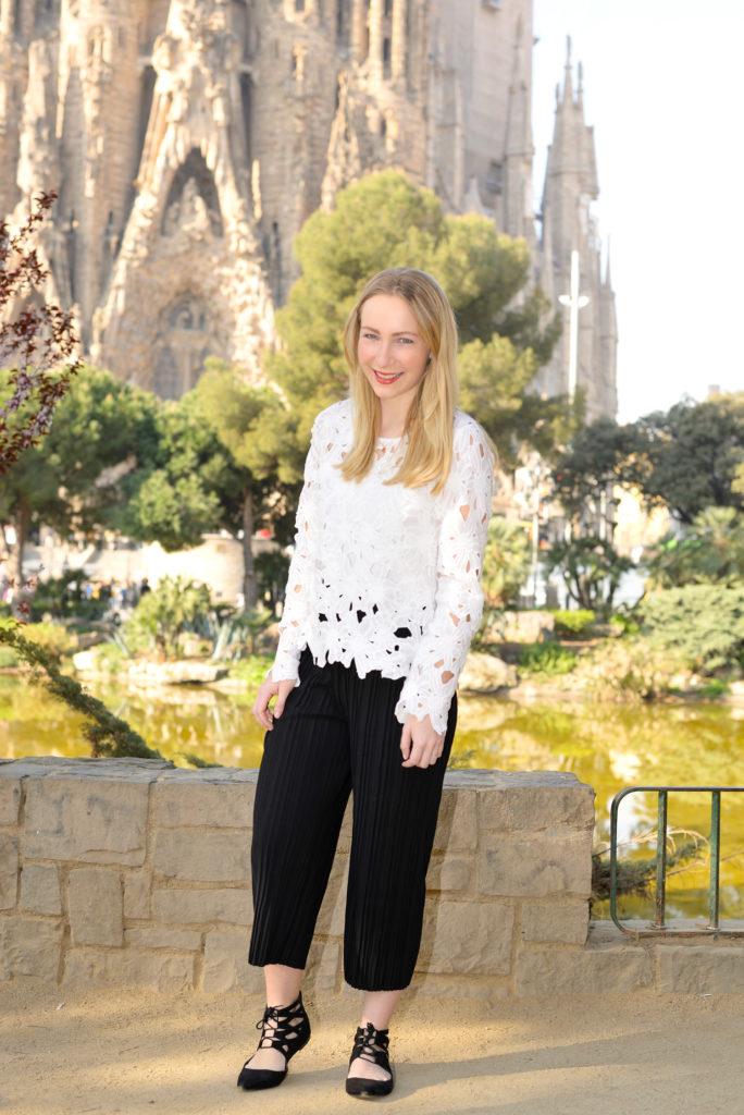The perfect Lace Blouse & The Sagrada Família