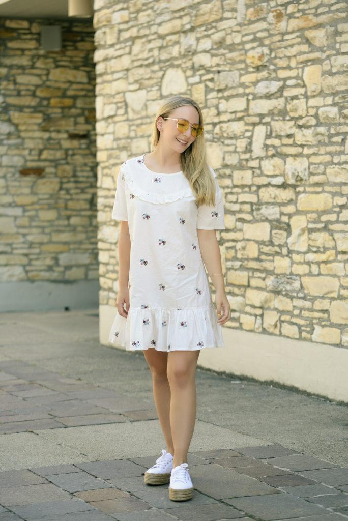 Yellow Sunnies & Newchic Summer Dress