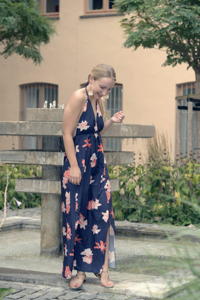One of the last Summer Looks with Newchic Summer Dress