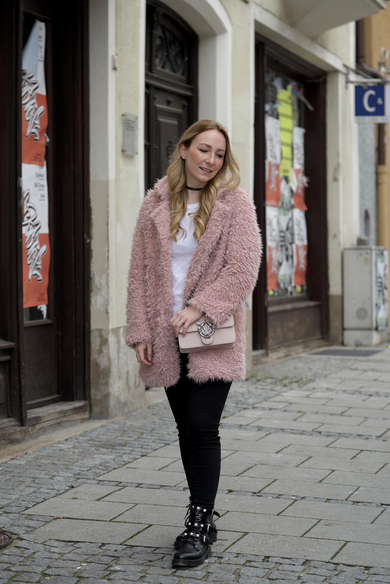 Pink Teddy Coat Pinko Love Bag