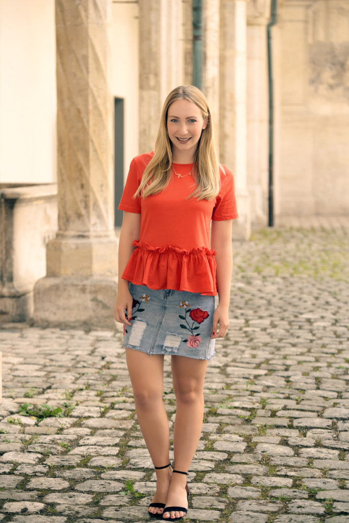 Chinese Red & Rosegal Embroidered Denim Skirt
