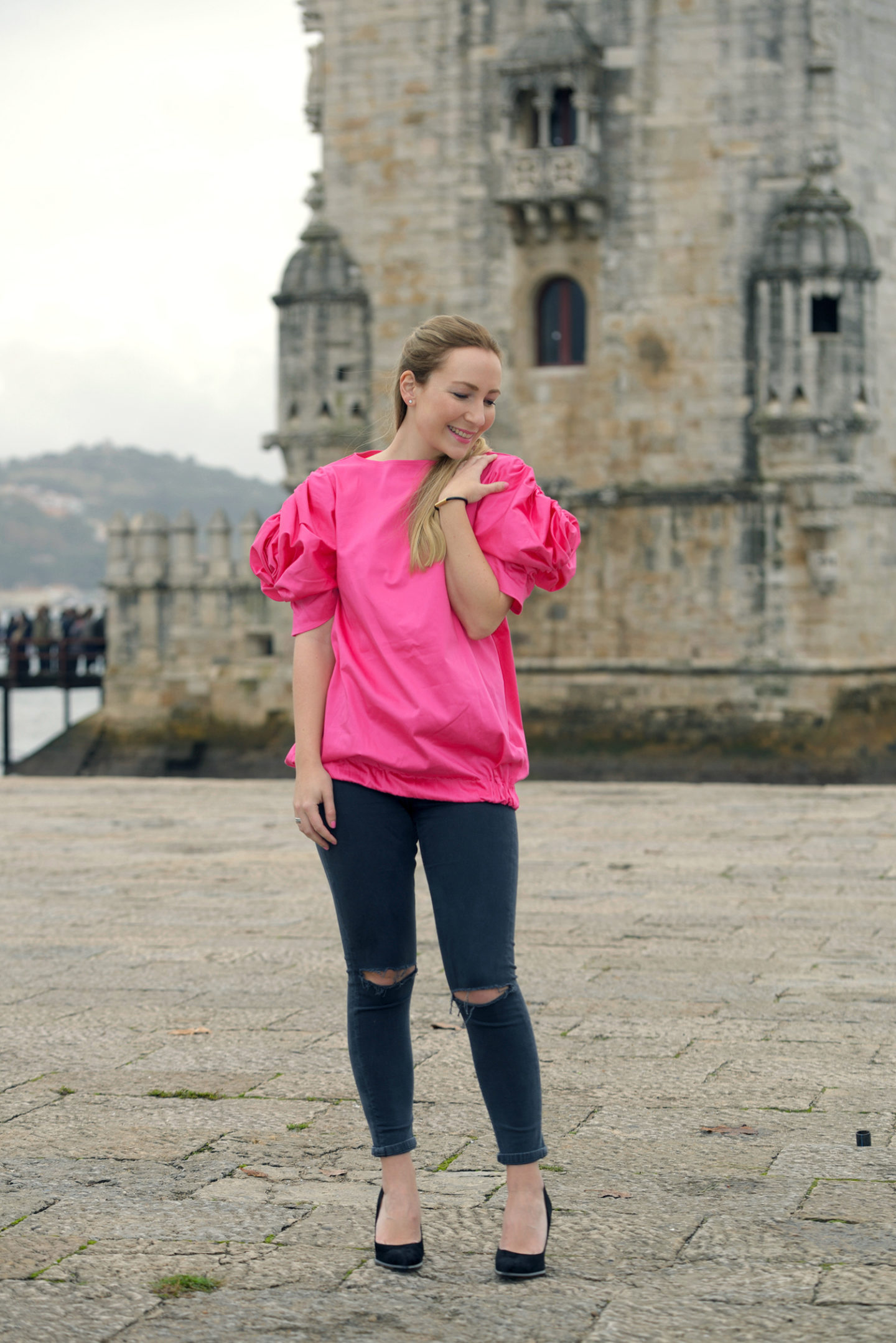 Wearing Trendy Label at Torre de Belém